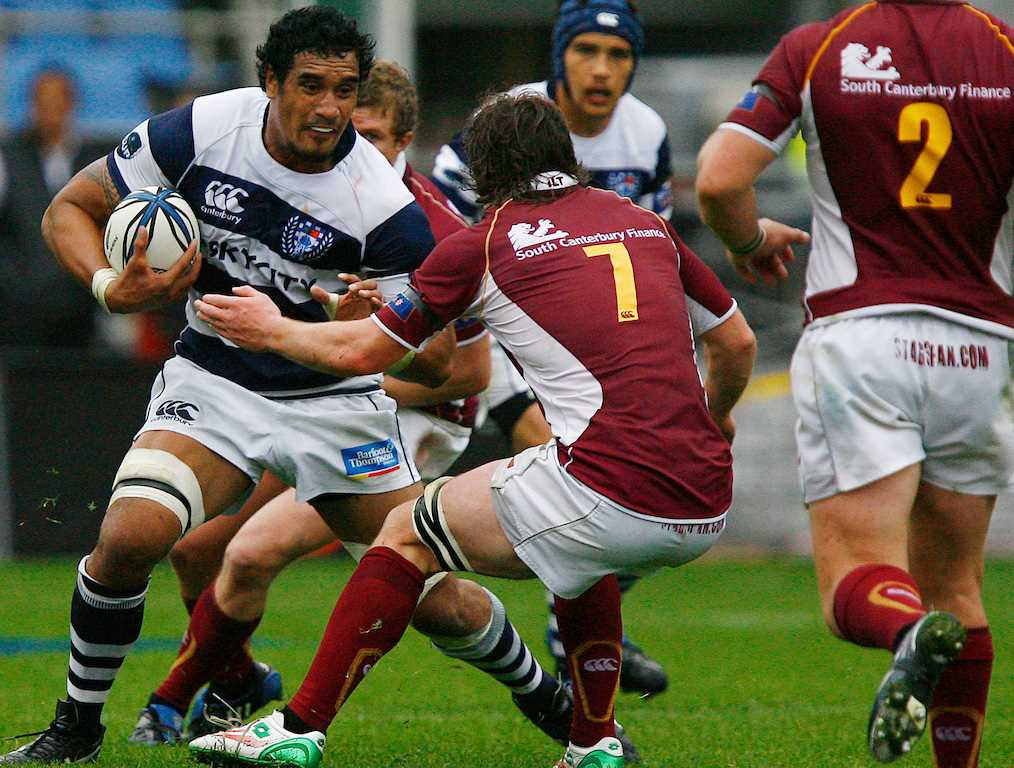 Kaino back in blue and white hoops